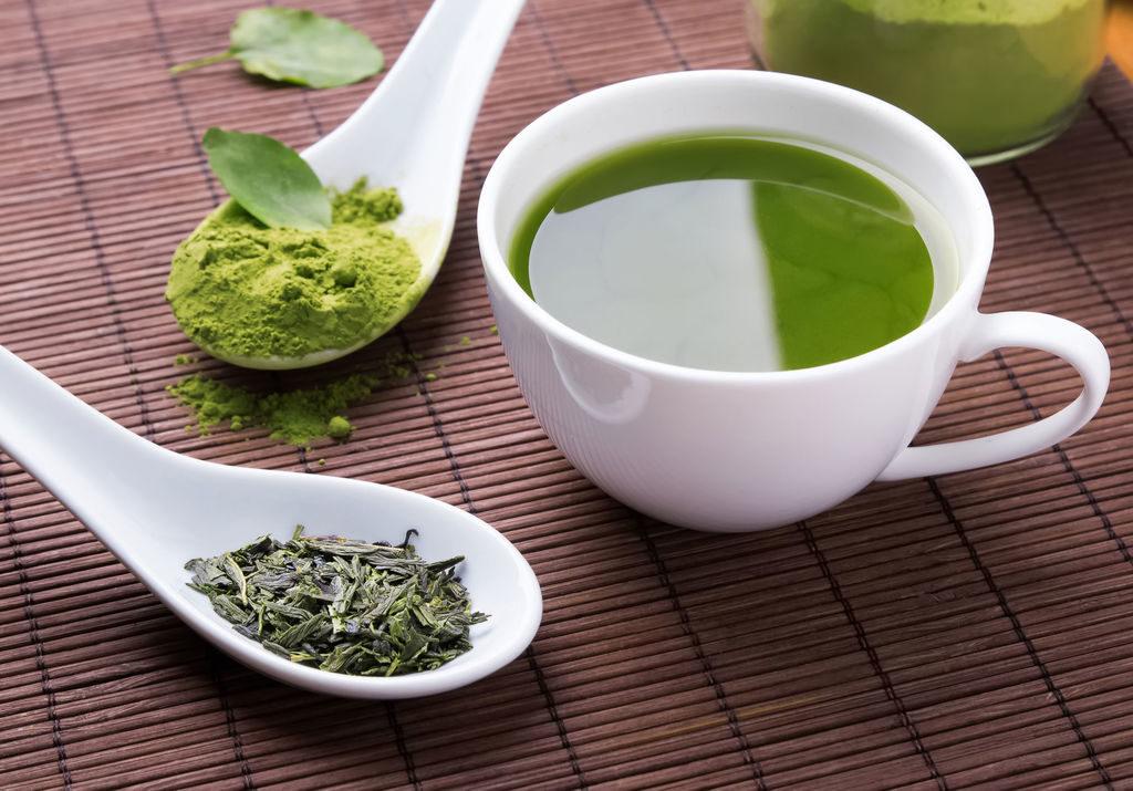 Thé vert pour soigner les phlyctènes